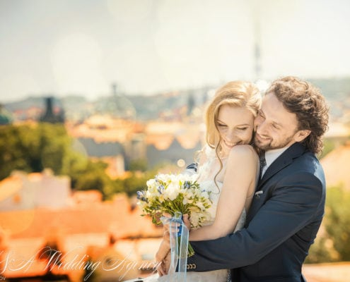Свадьба во дворцовых садах
